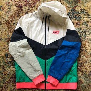 Nike runner zip up hooded windbreaker